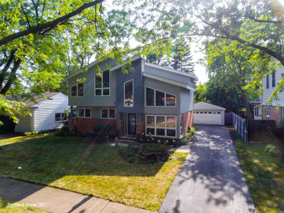 828 Meadow Rd, Northbrook